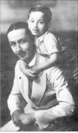 الوصي علي العرش(عبد الاله)، مع ابن اخته الذي اصبح (فيصل الثاني)