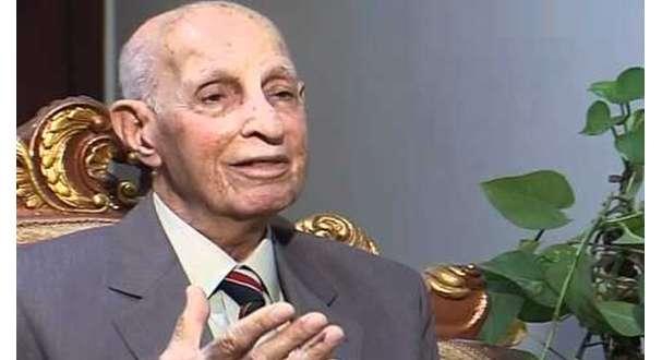 الدكتور حسين أمين